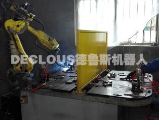 消音器挂钩机器人焊接工作站
