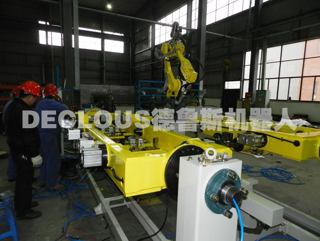 升降平台机器人焊接专机